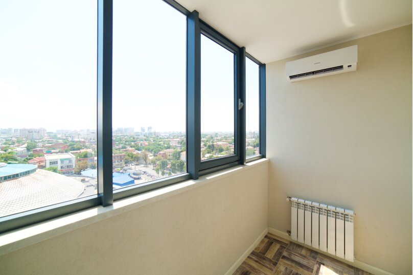 2-комн. квартира, 55 кв.м. на 4 человека, улица Будённого, 129, Краснодар - Фотография 17