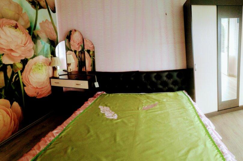 СДАМ ЭТАЖ ДОМА    В СПАЛЬНОМ РАЙОНЕ ГУРЗУФА С ВИДОМ НА МОРЕ И ГОРЫ(приём 4-6 чел), 60 кв.м. на 6 человек, 2 спальни, Коммунальная улица, 5, Гурзуф - Фотография 21