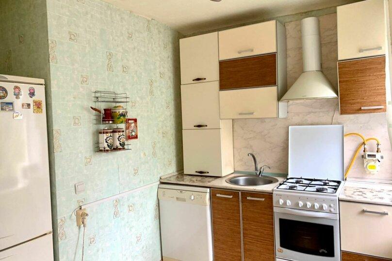 2-комн. квартира, 48 кв.м. на 3 человека, улица Нагишкина, 7, Хабаровск - Фотография 8