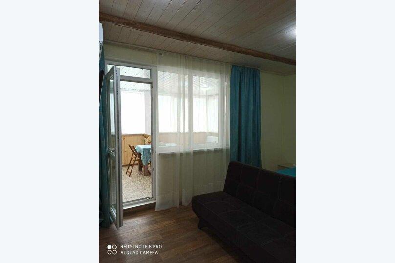"""Гостевой дом """"Лето"""", улица Зои Космодемьянской, 5А на 9 комнат - Фотография 17"""