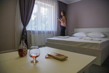 Гостевой дом «Надежда 3», жилой массив Пашковский, улица Фадеева на 20 комнат - Фотография 1