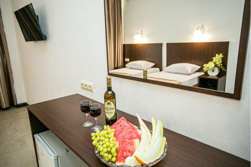Отель-ресторан «Гости Кавказа», Ленина, 34 на 12 номеров - Фотография 27