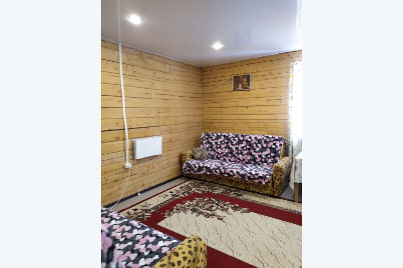 Гостевой коттедж на 8 гостей, 80 кв.м. на 8 человек, 2 спальни, улица Пирогова, 16А, Шерегеш - Фотография 2