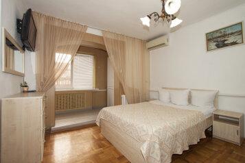 Гостевой дом Евгений, улица Маяковского, 159 на 12 комнат - Фотография 1