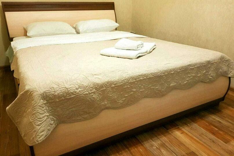 2-комн. квартира, 58 кв.м. на 4 человека, Советская улица, 25, Иркутск - Фотография 2