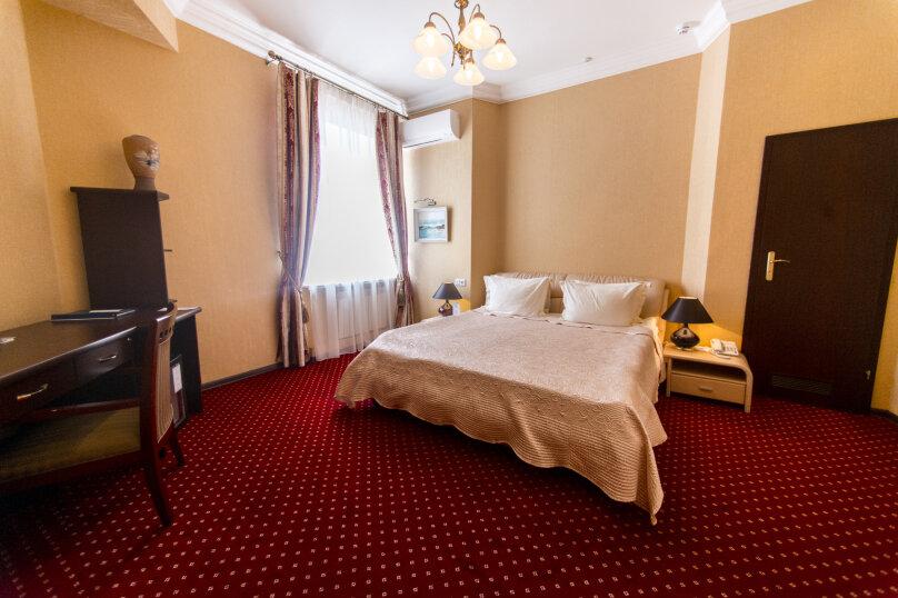 Посольские апартаменты, проспект Нахимова, 8, Севастополь - Фотография 4