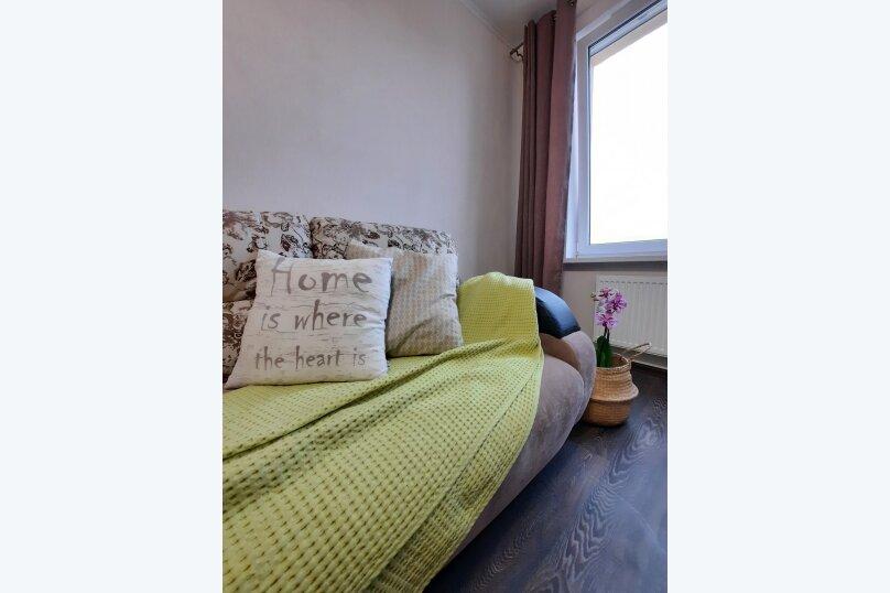 1-комн. квартира, 34 кв.м. на 2 человека, улица Оптиков, 37, Санкт-Петербург - Фотография 1