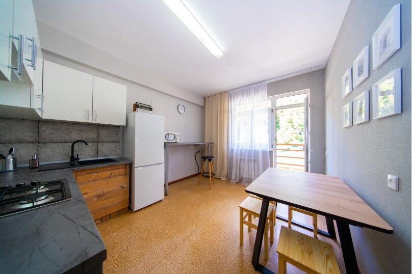 3-комн. квартира, 83 кв.м. на 9 человек, Эстонская улица, 37, Эстосадок, Красная Поляна - Фотография 1
