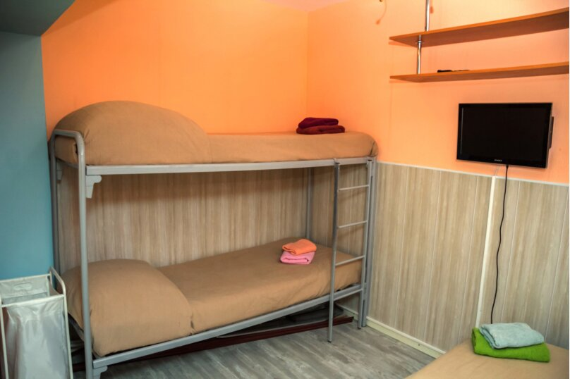 """Гостевой дом """"На Жуковского 6"""", улица Жуковского, 6 на 3 комнаты - Фотография 21"""