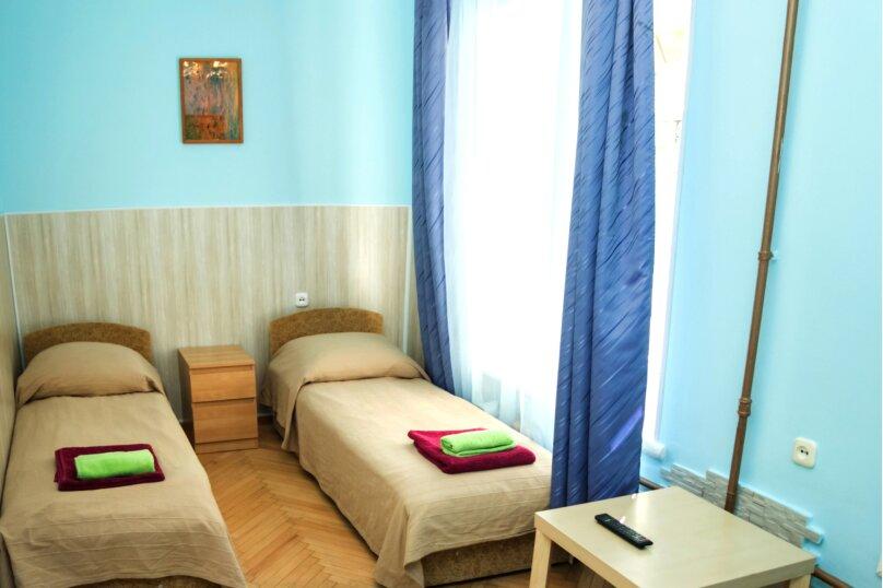 """Гостевой дом """"На Жуковского 6"""", улица Жуковского, 6 на 3 комнаты - Фотография 23"""