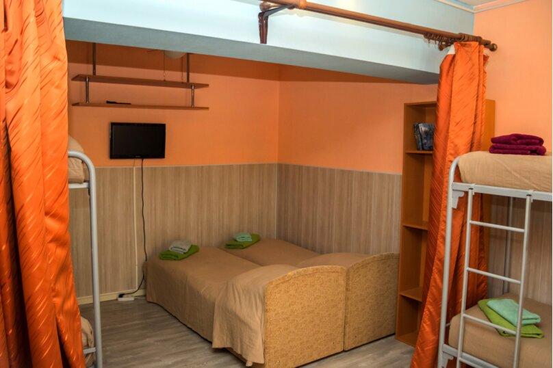 """Гостевой дом """"На Жуковского 6"""", улица Жуковского, 6 на 3 комнаты - Фотография 26"""