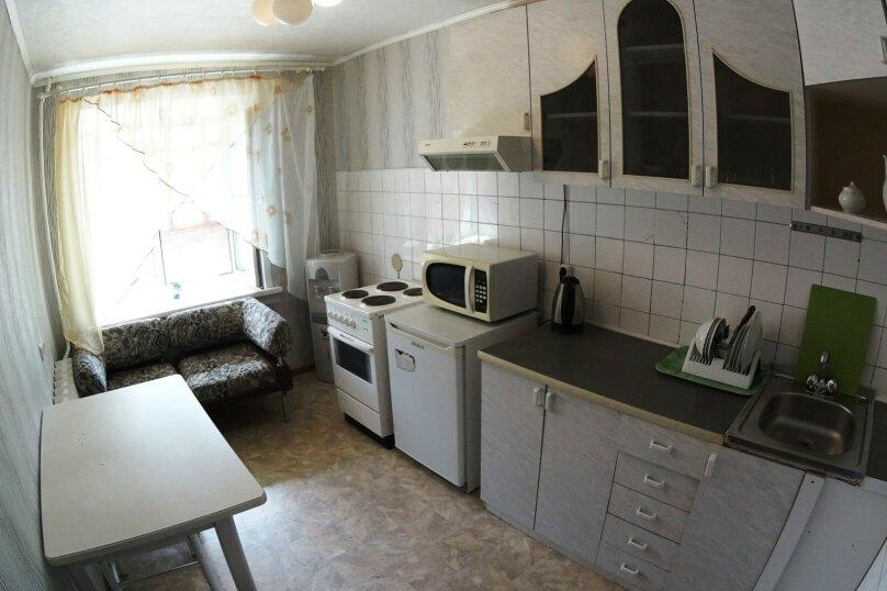 1-комн. квартира, 36 кв.м. на 4 человека, улица Челюскинцев, 14/1, Новосибирск - Фотография 7