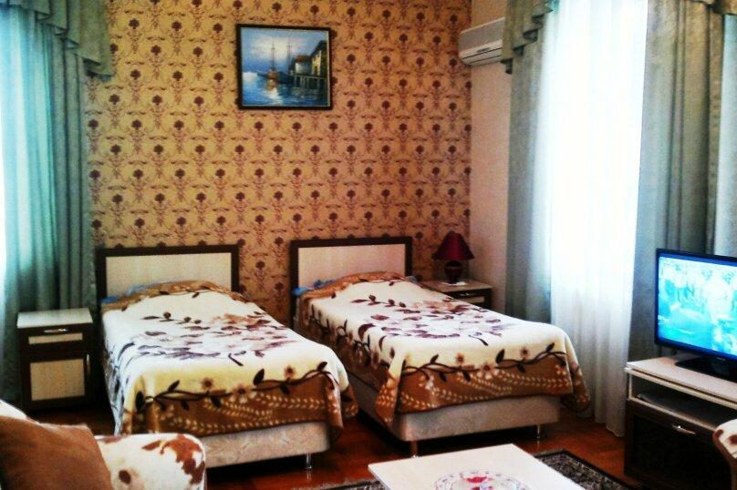 Стандарт улучшенный  2 кровати, улица Новороссийская, 148 , Анапа - Фотография 1