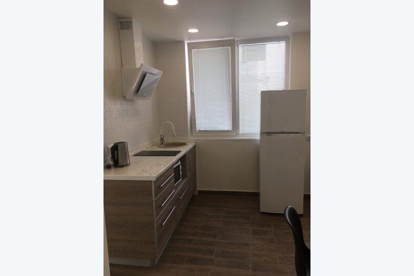 Сдам жилье в Алупке, 35 кв.м. на 5 человек, улица Калинина, 32, Алупка - Фотография 16