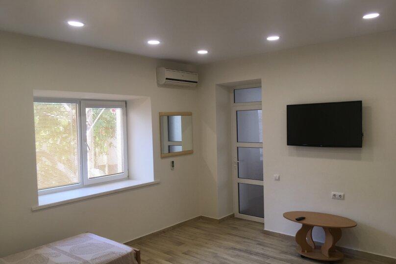 Сдам жилье в Алупке, 35 кв.м. на 5 человек, улица Калинина, 32, Алупка - Фотография 19