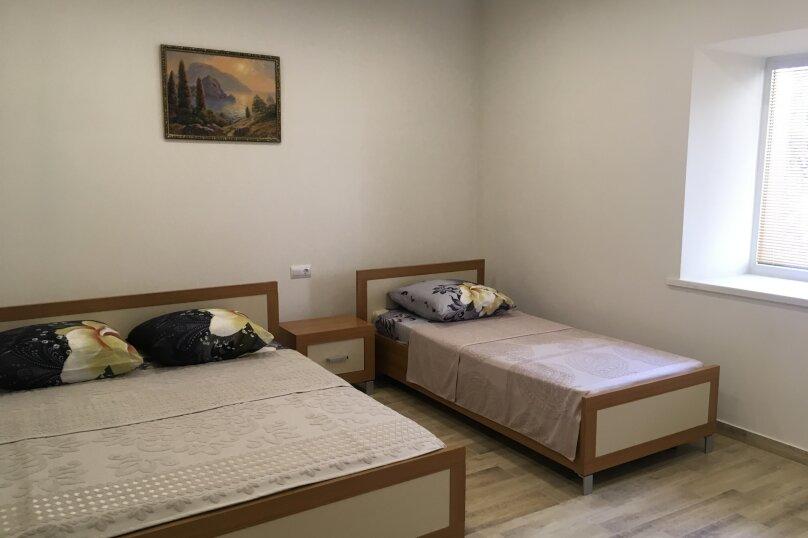 Сдам жилье в Алупке, 35 кв.м. на 5 человек, улица Калинина, 32, Алупка - Фотография 20