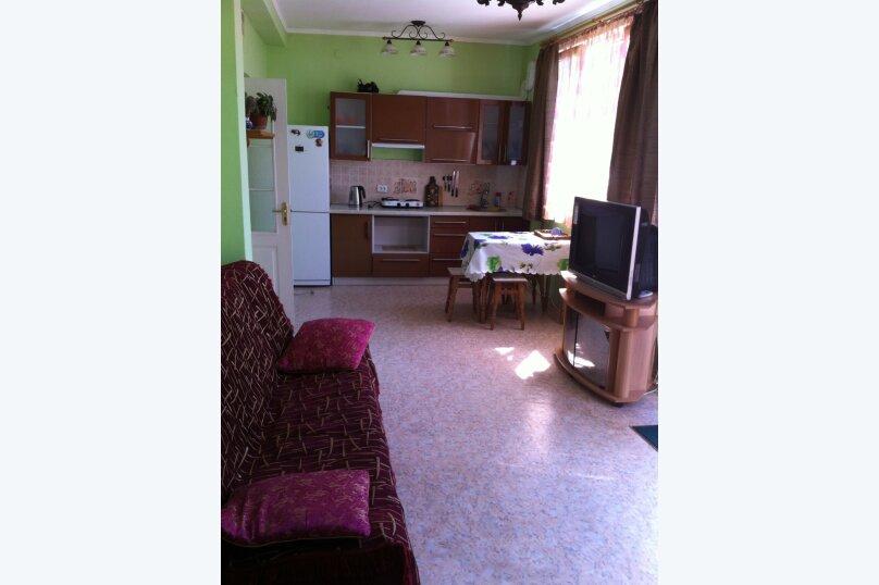 Сдам жилье в Алупке, 45 кв.м. на 6 человек, 2 спальни, улица Калинина, 32, Алупка - Фотография 9