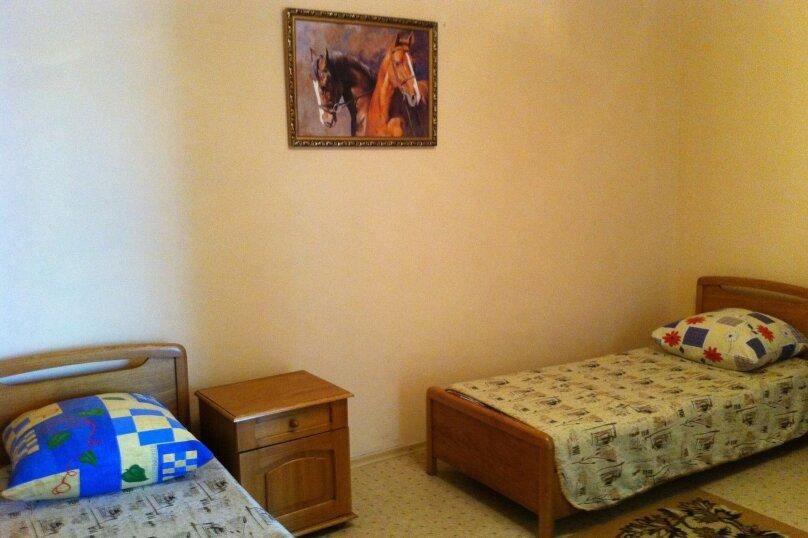 Сдам жилье в Алупке, 45 кв.м. на 6 человек, 2 спальни, улица Калинина, 32, Алупка - Фотография 14