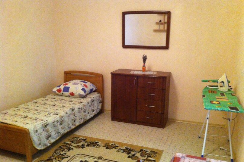 Сдам жилье в Алупке, 45 кв.м. на 6 человек, 2 спальни, улица Калинина, 32, Алупка - Фотография 15