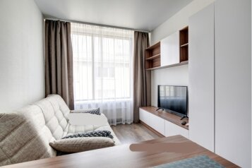 1-комн. квартира, 25 кв.м. на 2 человека, улица Малышева, 42А, метро Площадь 1905 года, Екатеринбург - Фотография 1