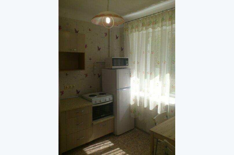 1-комн. квартира, 36 кв.м. на 3 человека, улица Блюхера, 4, Новосибирск - Фотография 2