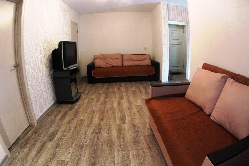 2-комн. квартира, 52 кв.м. на 5 человек, улица Блюхера, 16, Новосибирск - Фотография 4