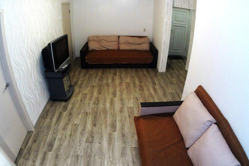 2-комн. квартира, 52 кв.м. на 5 человек, улица Блюхера, 16, Новосибирск - Фотография 5