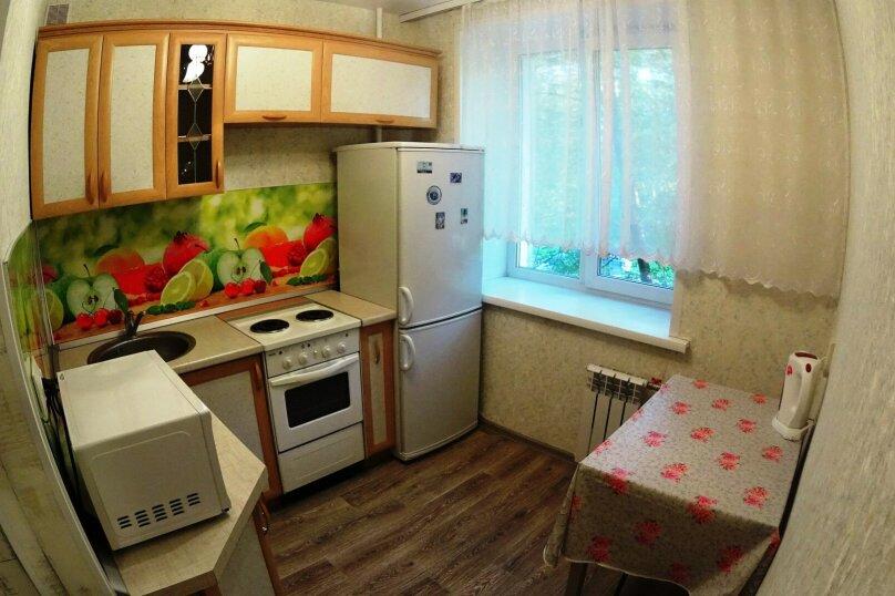 2-комн. квартира, 52 кв.м. на 5 человек, улица Блюхера, 16, Новосибирск - Фотография 8