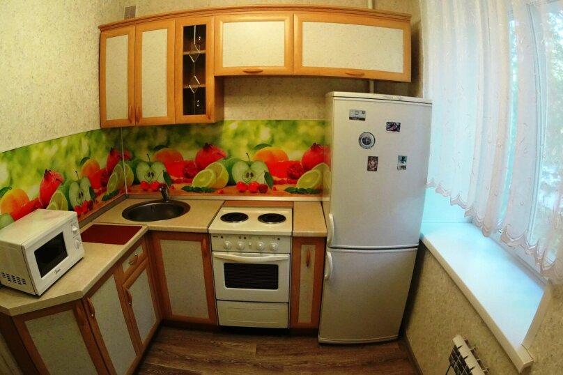 2-комн. квартира, 52 кв.м. на 5 человек, улица Блюхера, 16, Новосибирск - Фотография 9
