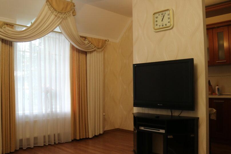 """Гостевой дом """"Акварель"""", Боткинская улица, 15А на 6 комнат - Фотография 52"""
