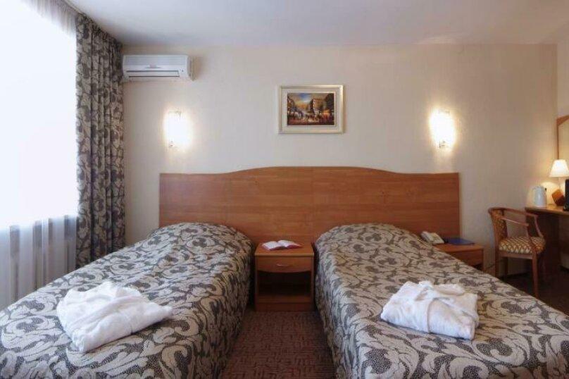 БИЗНЕС с двумя односпальными кроватями, Набережная улица, 9, Иваново - Фотография 1