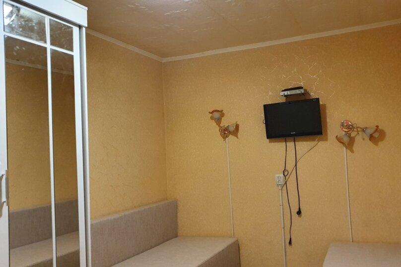 Дом в общем дворе (квартира на земле), 36 кв.м. на 5 человек, 2 спальни, улица Мориса Тореза, 9, Евпатория - Фотография 15