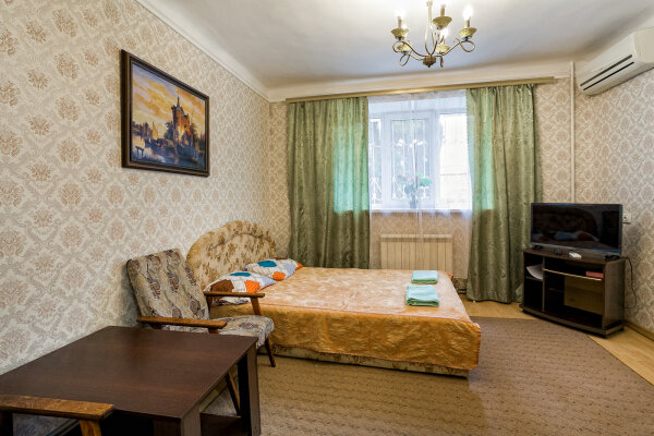 1-комн. квартира, 36 кв.м. на 3 человека, улица Руданского, 22, Ялта - Фотография 1