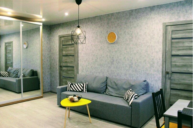 3-комн. квартира, 45 кв.м. на 6 человек, проспект Карла Маркса, 28, Новосибирск - Фотография 14
