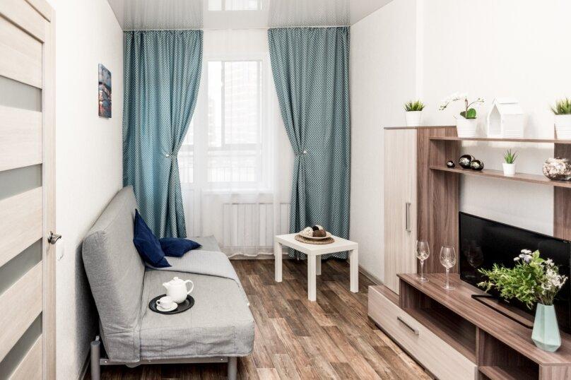 1-комн. квартира, 40 кв.м. на 4 человека, улица Готвальда, 22, Екатеринбург - Фотография 1