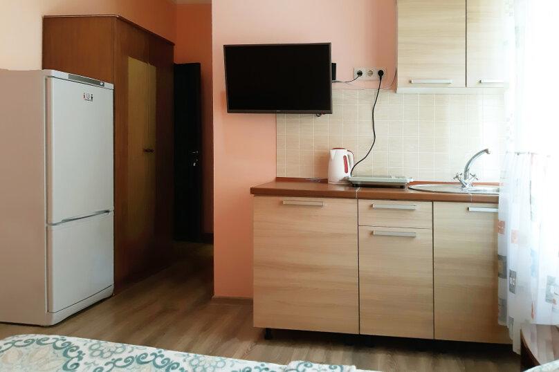 """Гостевой дом """"GREEN guest house"""", улица Тюльпанов, 4Г на 8 комнат - Фотография 35"""