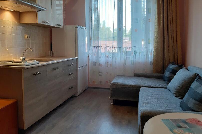 Номер-студио трех-четырех местный с кухней, улица Тюльпанов, 4Г, Адлер - Фотография 1