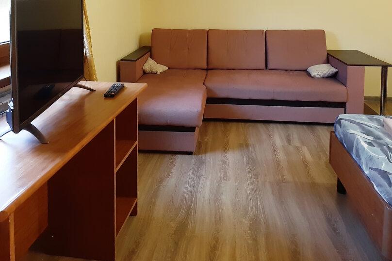 """Гостевой дом """"GREEN guest house"""", улица Тюльпанов, 4Г на 8 комнат - Фотография 23"""