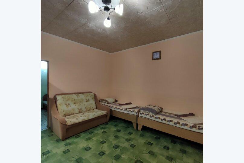 Домик семейный двухкомнатный, улица Гайдара, 7, Заозерное - Фотография 3