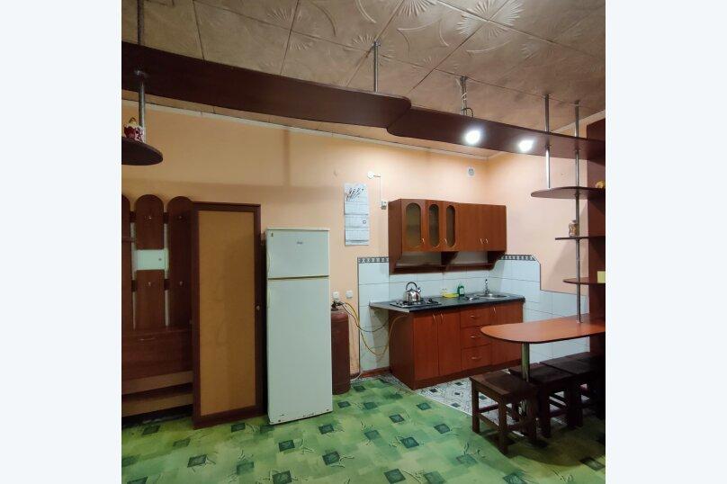 Домик семейный двухкомнатный, улица Гайдара, 7, Заозерное - Фотография 5