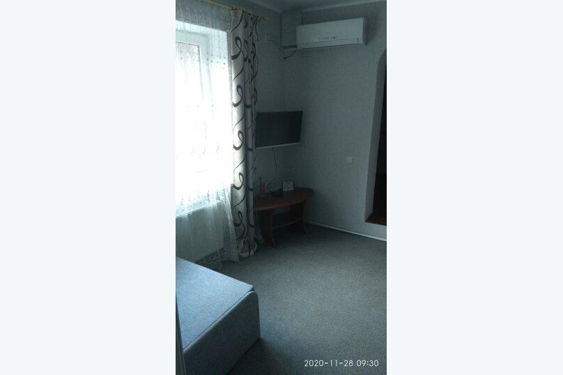 Частный дом под ключ со своим двором, 50 кв.м. на 5 человек, 2 спальни, Советская улица, 63, Феодосия - Фотография 10