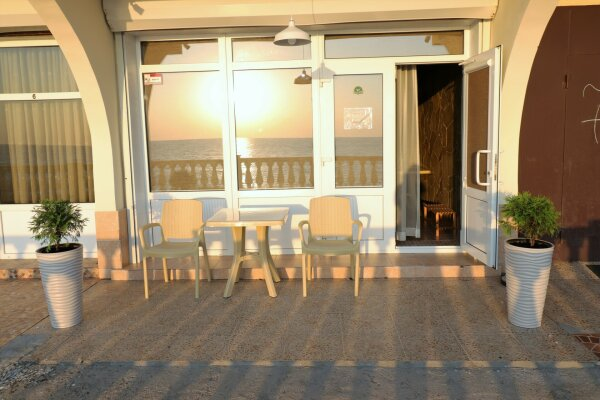 "Эллинг ""Диана"", Азовская улица, 7 на 4 комнаты - Фотография 1"