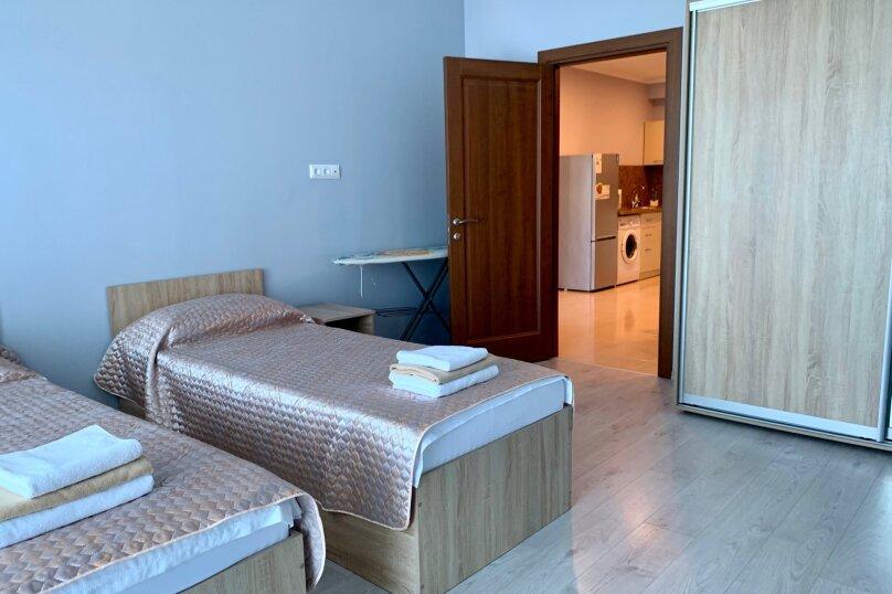 2-комн. квартира, 70 кв.м. на 6 человек, аллея Декабристов, 5, Алушта - Фотография 19