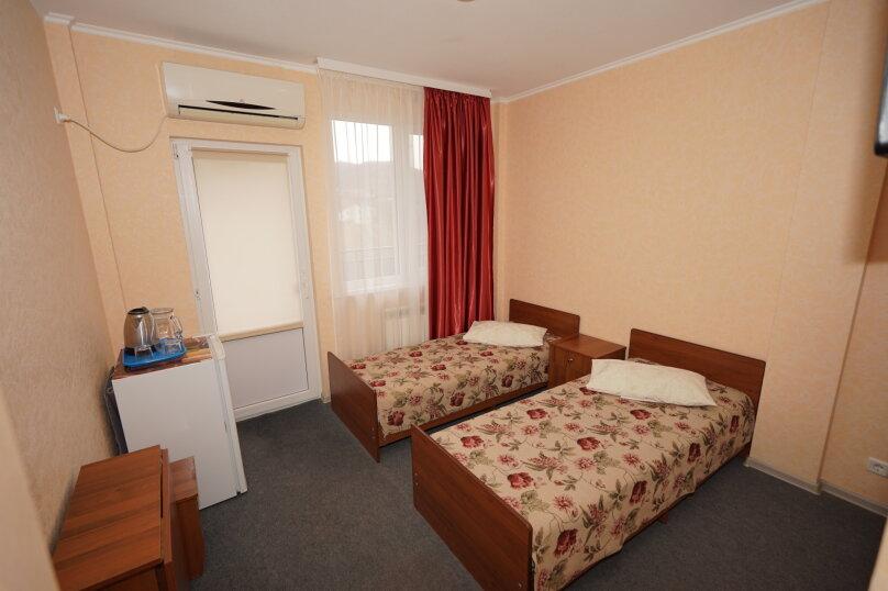 2-х местный номер с раздельными кроватями и видом на море,  Ручейная, 271, Агой - Фотография 1
