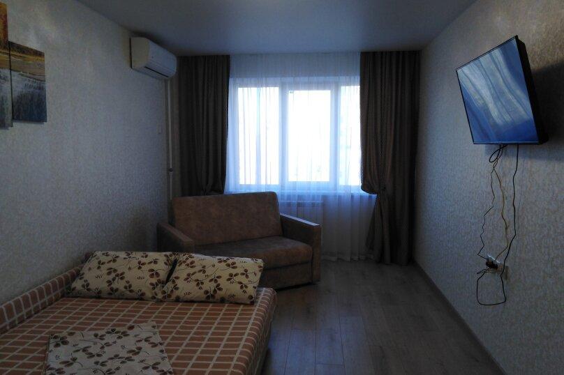 1-комн. квартира, 39 кв.м. на 4 человека, район Семь Ветров, улица 8-й Воздушной Армии, 15А, Волгоград - Фотография 17