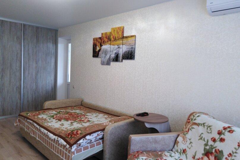 1-комн. квартира, 39 кв.м. на 4 человека, район Семь Ветров, улица 8-й Воздушной Армии, 15А, Волгоград - Фотография 18