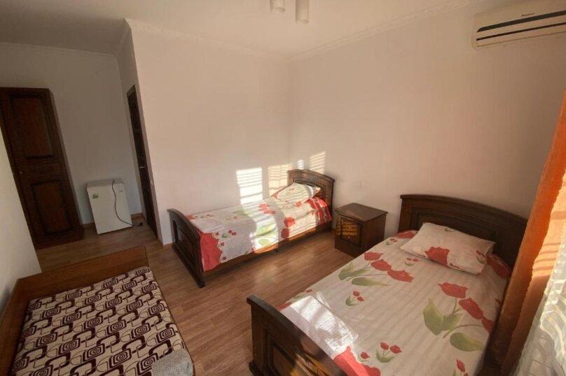 Гостиница 1133029, улица Попова, 19 на 20 комнат - Фотография 24