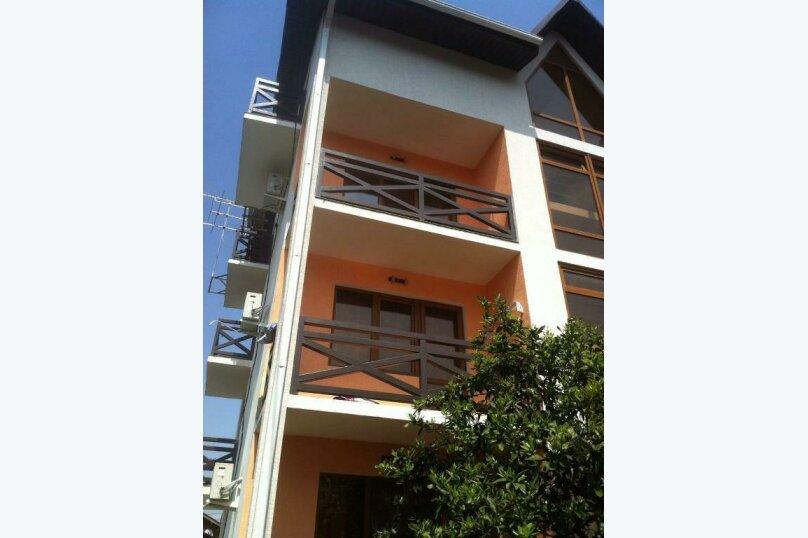 Гостиница 1133029, улица Попова, 19 на 20 комнат - Фотография 1