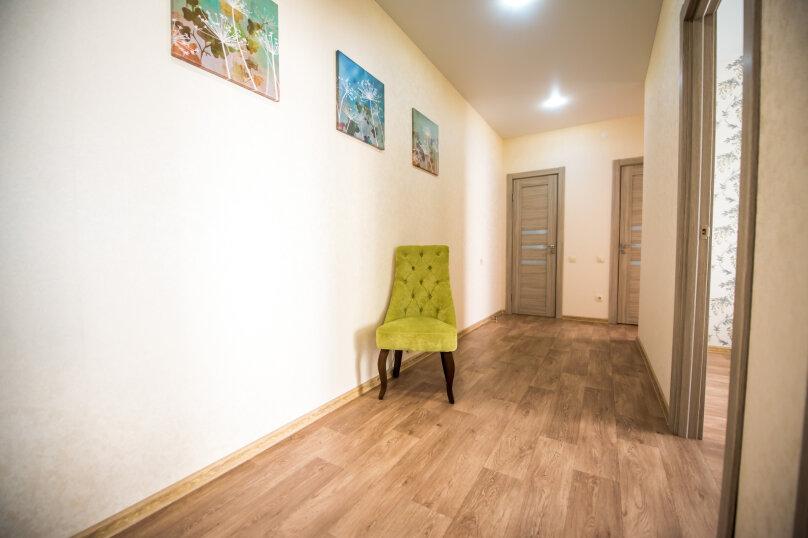 2-комн. квартира, 60 кв.м. на 6 человек, улица Николая Смирнова, 7, Чебоксары - Фотография 13