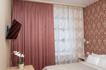 1-комн. квартира, 27 кв.м. на 2 человека, улица Чапаева, 14к2, Екатеринбург - Фотография 1